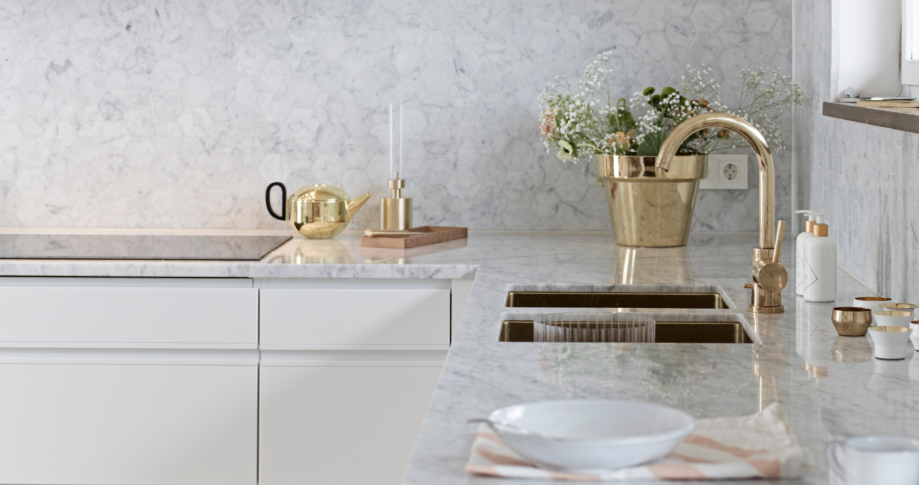 Hemma hos familjen enhörning   nytt kök badrum och tvättstuga ...