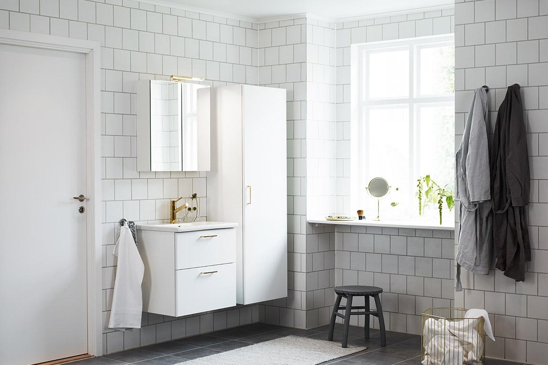 Trendiga detaljer i mässing   nytt kök badrum och tvättstuga ...