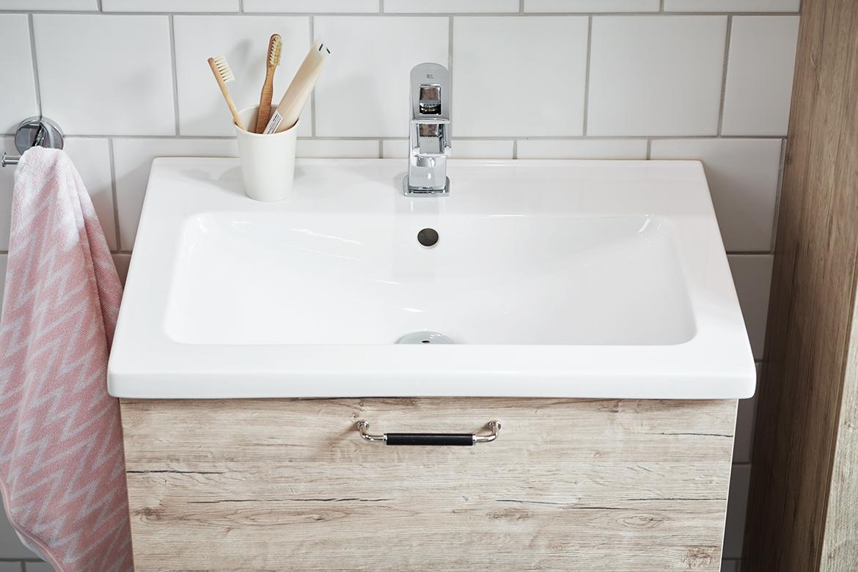 Vedum tar in naturen i badrummet - Nytt kök badrum och tvättstuga ...